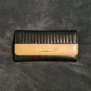 Anne Klein Quilted Black & Nude Wallet